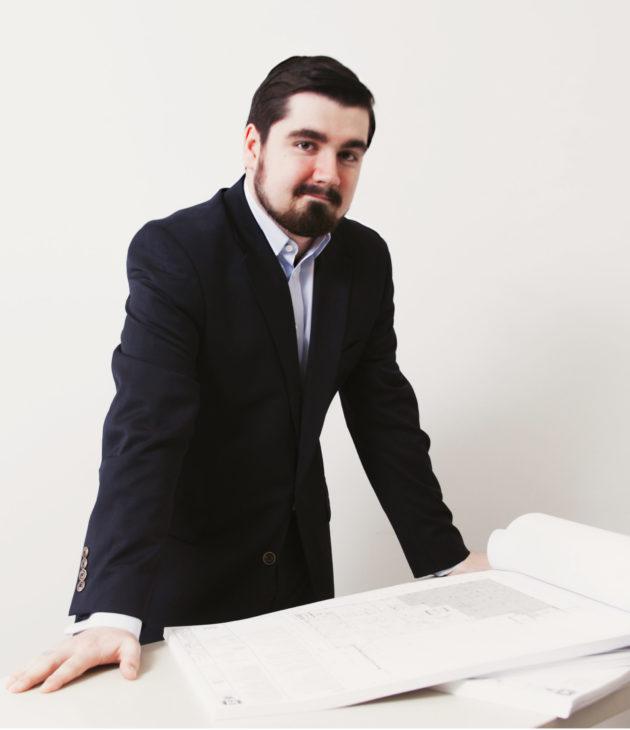 Portrait photo of Alex Egley