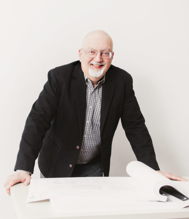 Portrait photo of David Hartzler