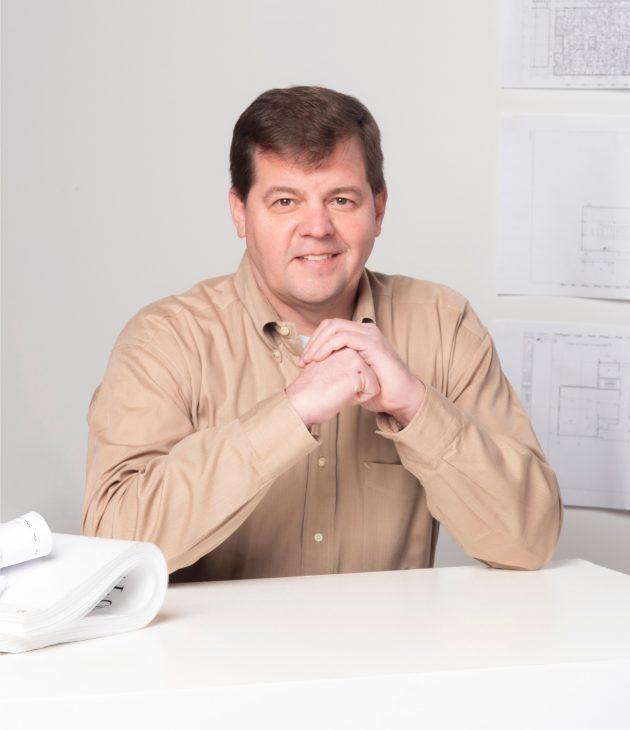 Portrait photo of Mark Stainbrook